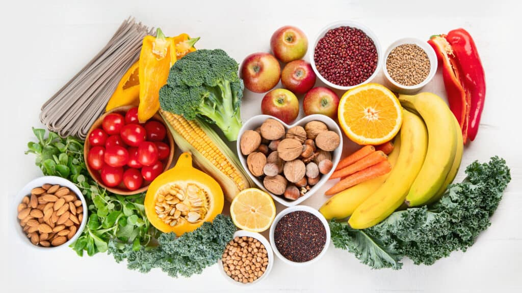 high fiber foods help to say gas and bloating goodbye